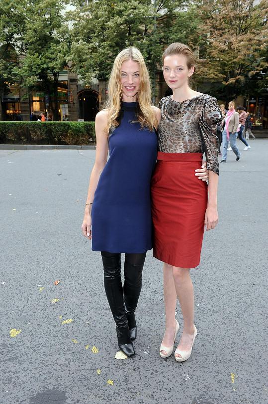 Eva s ambassadorkou české části Elite Model Look Pavlínou Němcovou.