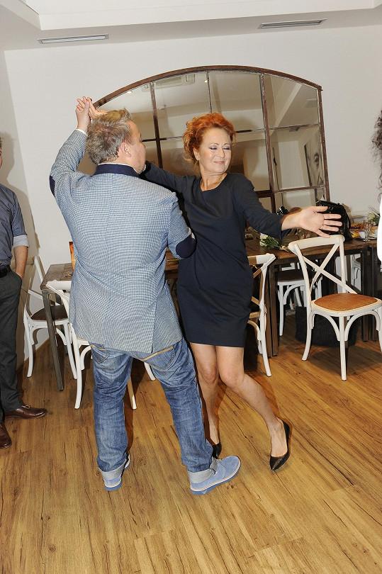 Simona Stašová si užila taneček s Milošem Pokorným.
