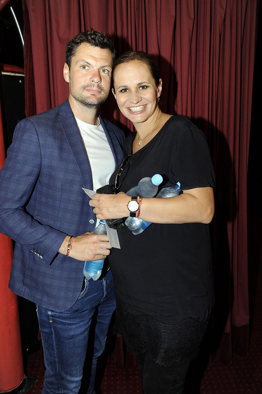 Těhotná Monika s přítelem Tomášem Hornou