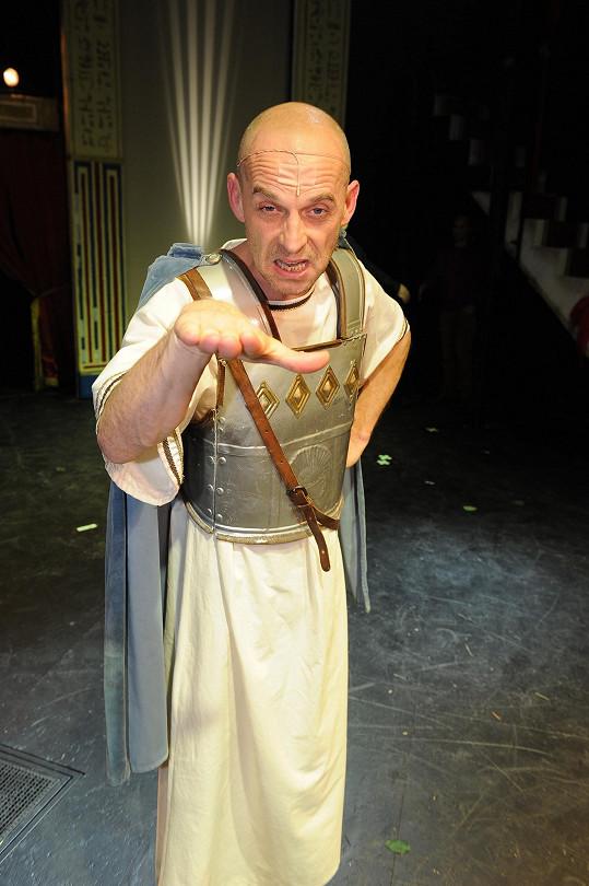 Tomáš Trapl v muzikálu Kleopatra