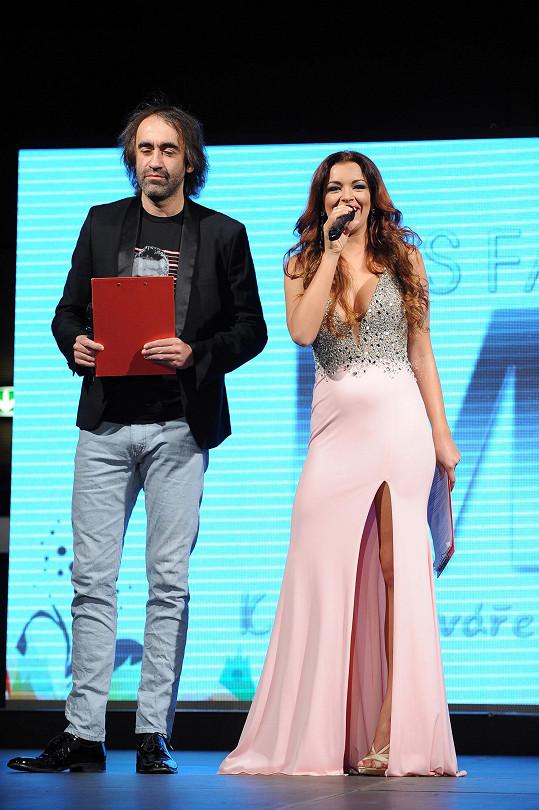 Soutěž moderovali Jitka Válková s Jakubem Kohákem.