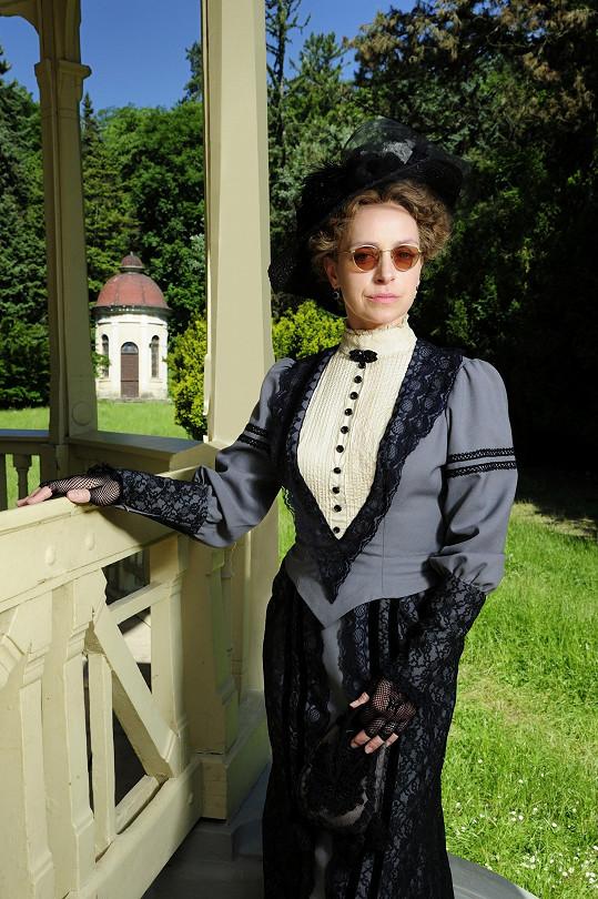 Tatiana Vilhelmová coby paní Mína
