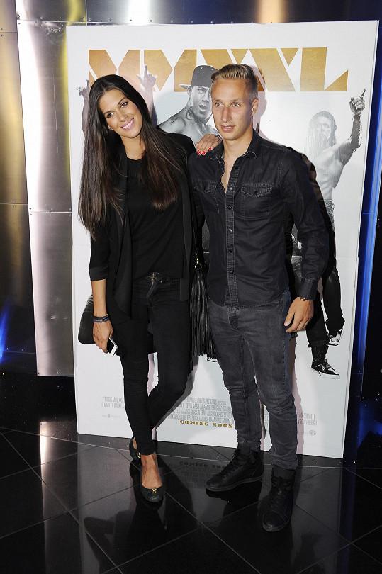 Aneta s Michalem v kině