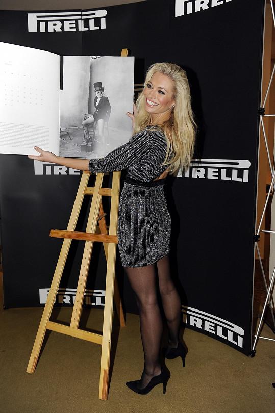 Lucka na představení kalendáře Pirelli