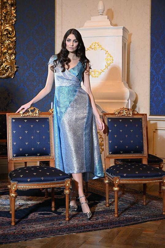 Kopíncová je novou hlavní tváří návrhářky Beaty Rajské.