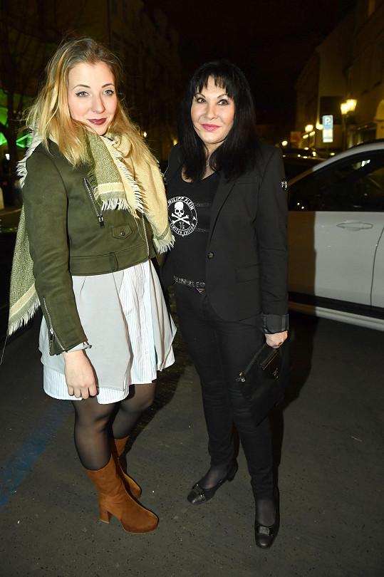 S maminkou Dádou Patrasovou