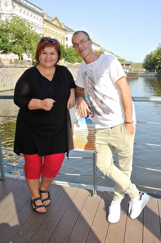 Herec s kolegyní Hankou Křížkovou