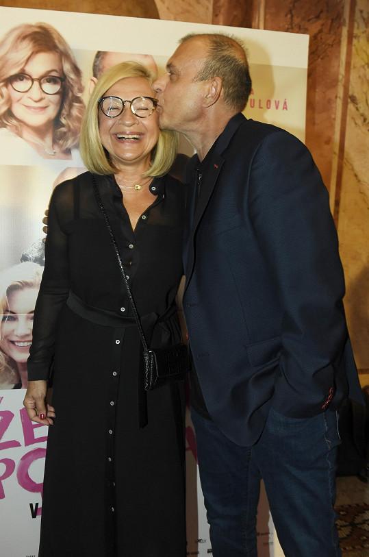 Nevěrného partnera její hrdinky ztvárnil Petr Rychlý.