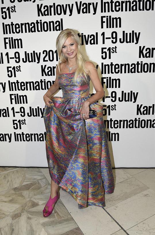 Model je dílem návrhářky Natali Ruden.