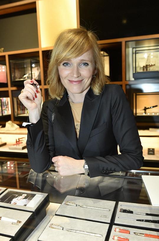 Aňa Geislerová je autorkou souboru fejetonů P. S.