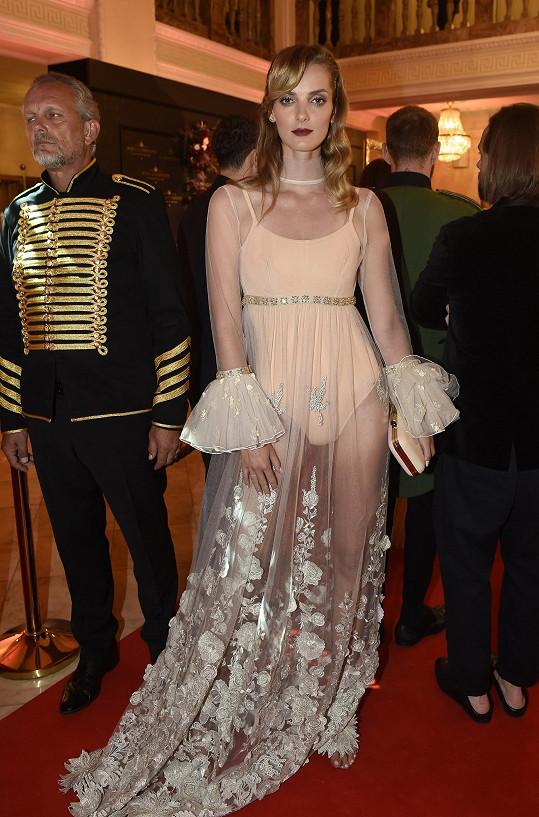 Denisa Dvořáková na filmovém festivalu v Karlových Varech