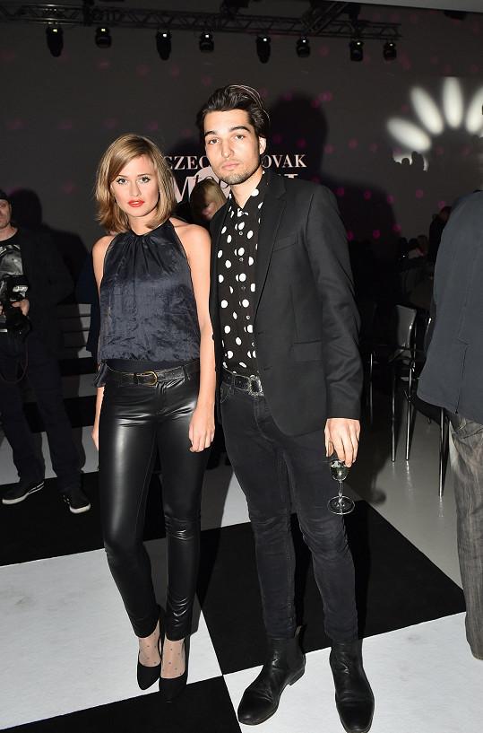 Také Emma Smetana s přítelem Jordanem