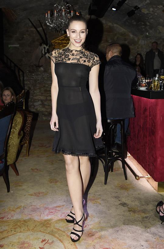 Karolína Mališová vynesla pořádně sexy šaty.
