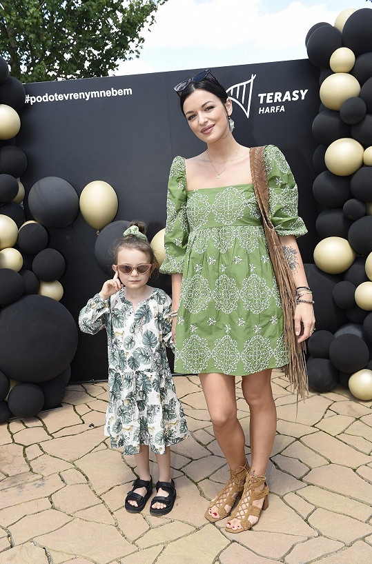 Jitka s dcerou Rozárkou