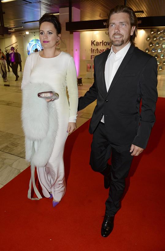 Jitka s manželem Petrem Čadkem vypadají šťastně a spokojeně.