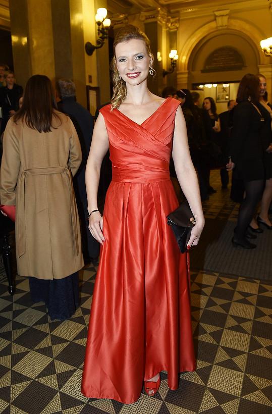 Velkou večerní zvolila i bývalá Christine z Fantoma opery Monika Sommerová.
