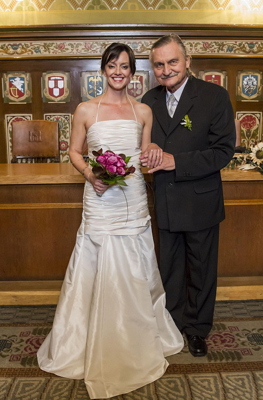 Tereza Brodská se opět oblékla do svatebních šatů.