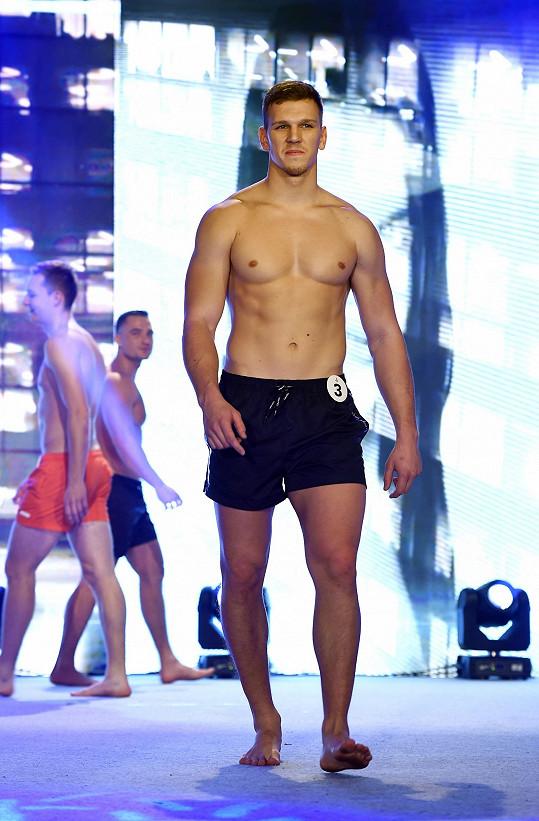 Na finále soutěže Hasič roku zabodoval i vypracovaným tělem.