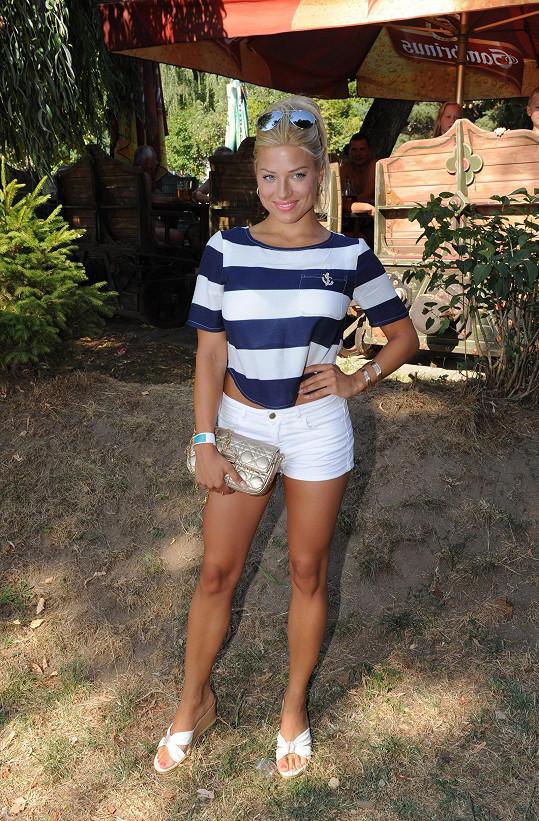 Evu Perkausovou oficiálně představili jako moderátorku.