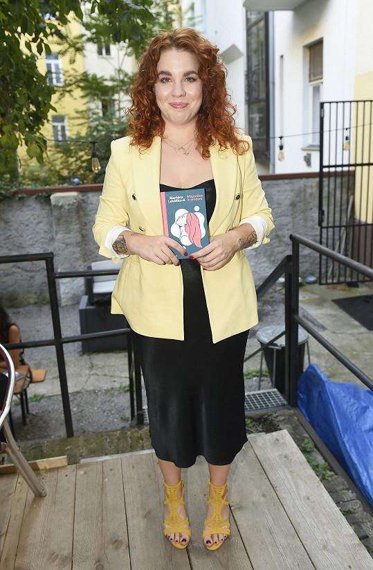 Markéta Lukášková se svojí pátou knihou Majonéza k snídani