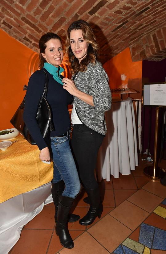 Nechyběly ani modelky v zastoupení Martiny Dvořákové a Lucie Křížkové.