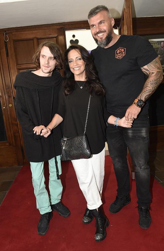 S partnerkou Lucií Bílou a jejím synem Filipem