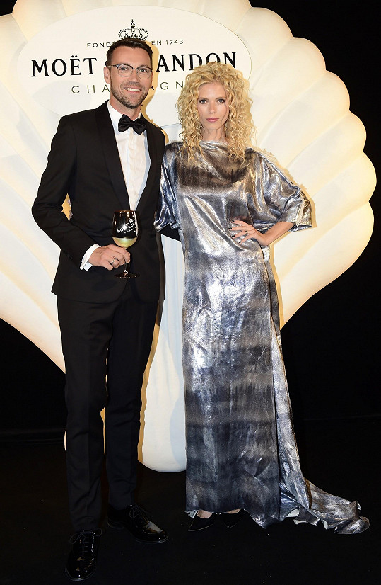 Lukáš Hejlík s manželkou Veronikou.