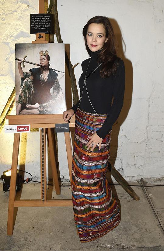 Lilia jakožto spoluautorka celého projektu nafotila působivé snímky a stala se jednou ze třinácti slovanských bohyní.