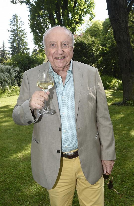 Oslavu 78. narozenin měl prý na etapy.