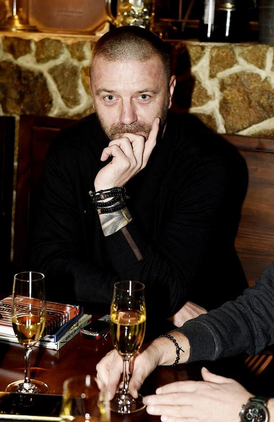 Tomáš Řepka přišel o roli v seriálu.