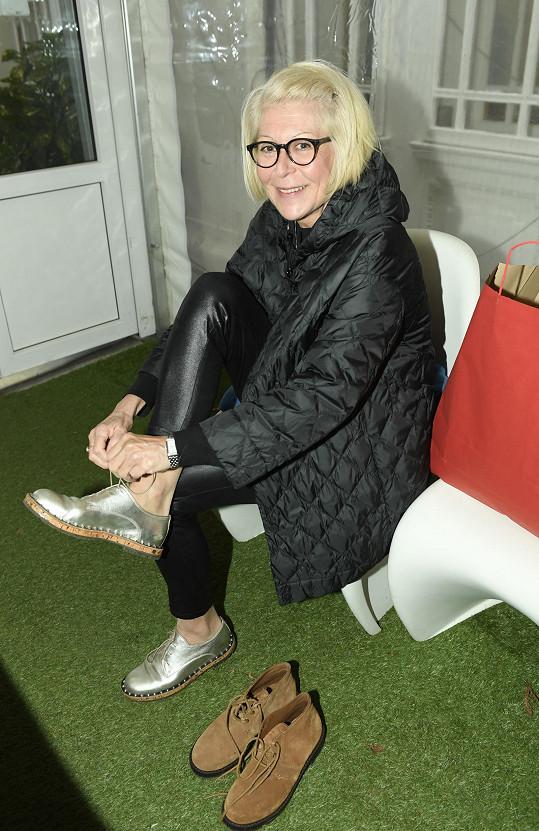 Zuzana Donutilová zkoušela botičky.