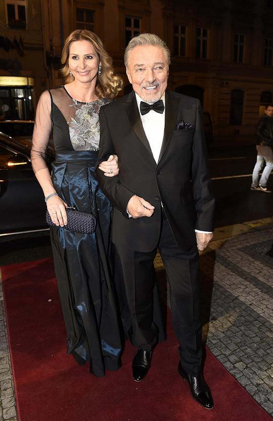 Ivana Gottová s Karlem Gottem, který podlehl akutní leukémii.