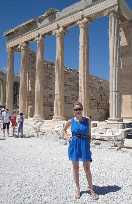 Zuzka se vydala do Atén.