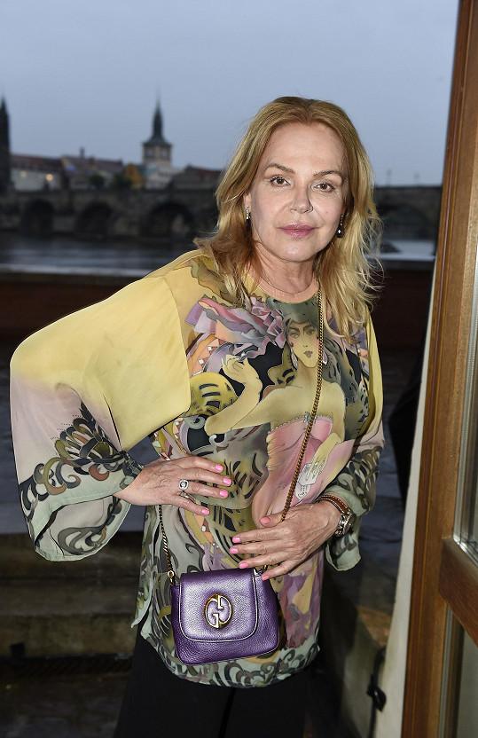 Dagmar Havlová vyrazila na párty.