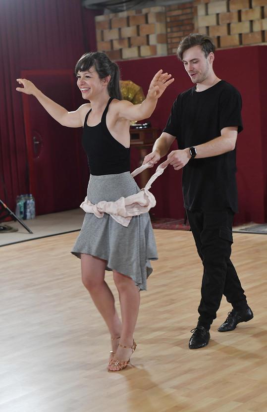 Při trénincích používá Dominik nejrůznější triky.