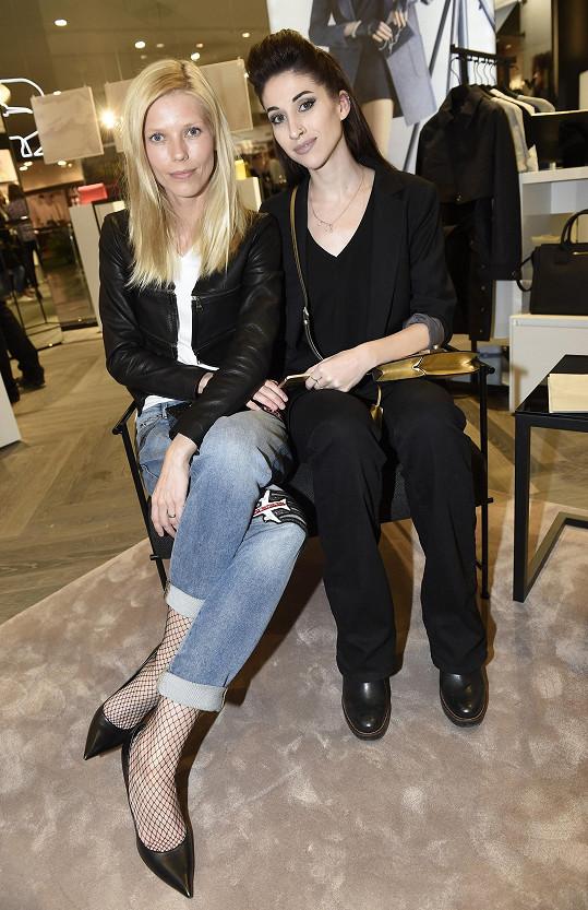 Veronika se na akci potkala s kamarádkou, bloggerkou Inou T.