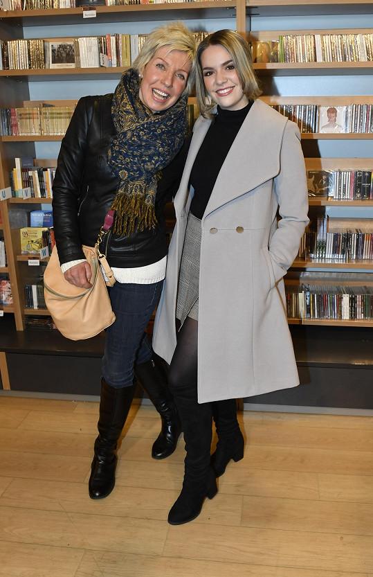 Marcela Březinová má s dcerou Vandou hodně společného.