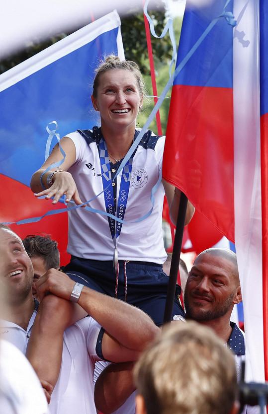 Přivítání stříbrné tenistky z olympiády v Tokiu Markéty Vondroušové na Olympijským festivalu
