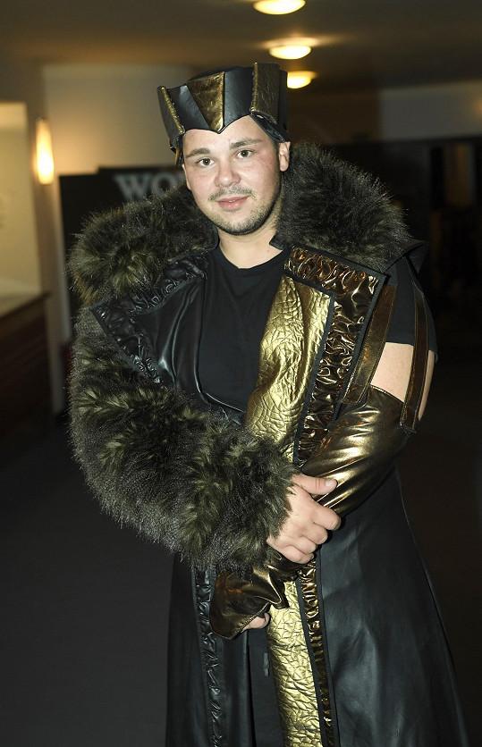 V muzikálu Kat Mydlář se objeví v tomhle kostýmu.