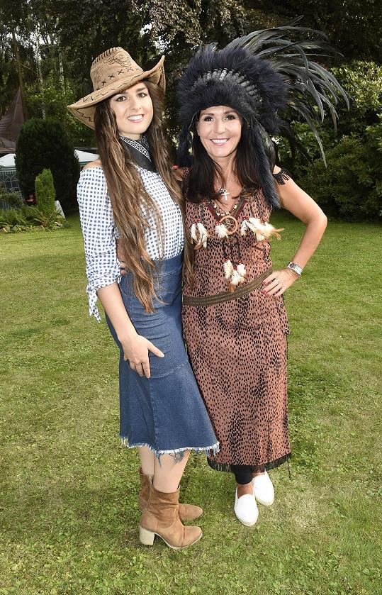S dcerou Eliškou, která šla za kovbojku.