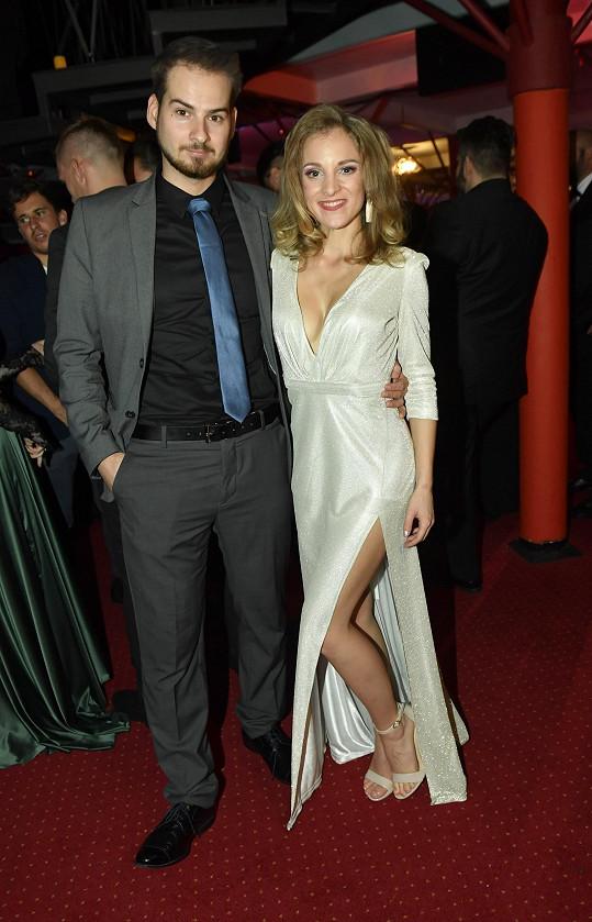 Nikola se snoubencem Lukášem Kofroněm