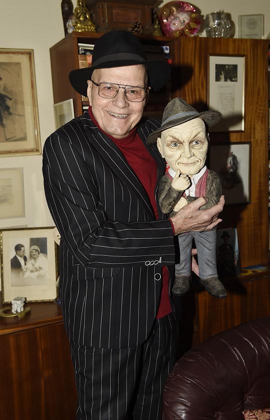 Herec má doma velké množství uměleckých děl.