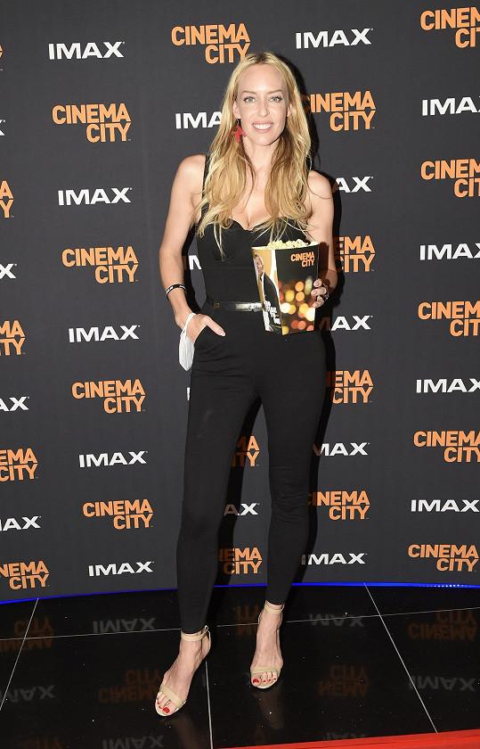 Kate Matl zvolila sexy černý outfit.