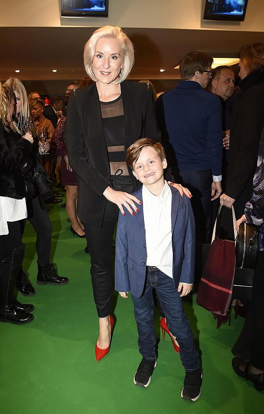 Jovanka Vojtková se synem