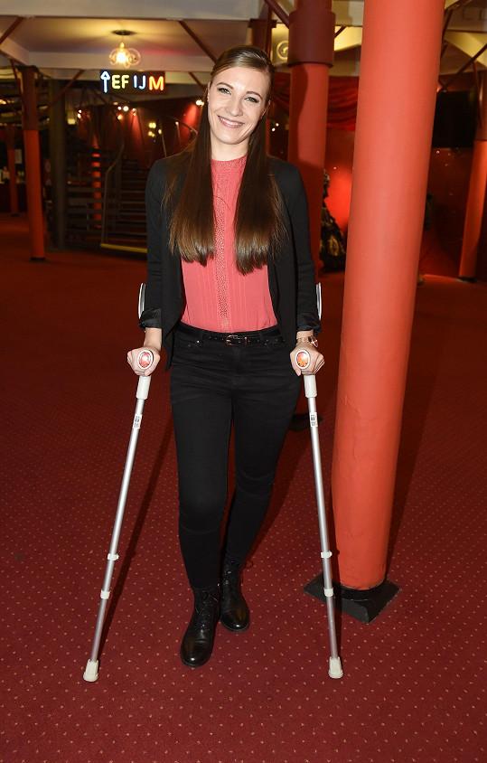 Natálie Tichánková měla na konkurzu na muzikál Čarodějka berle. Má zraněné koleno.