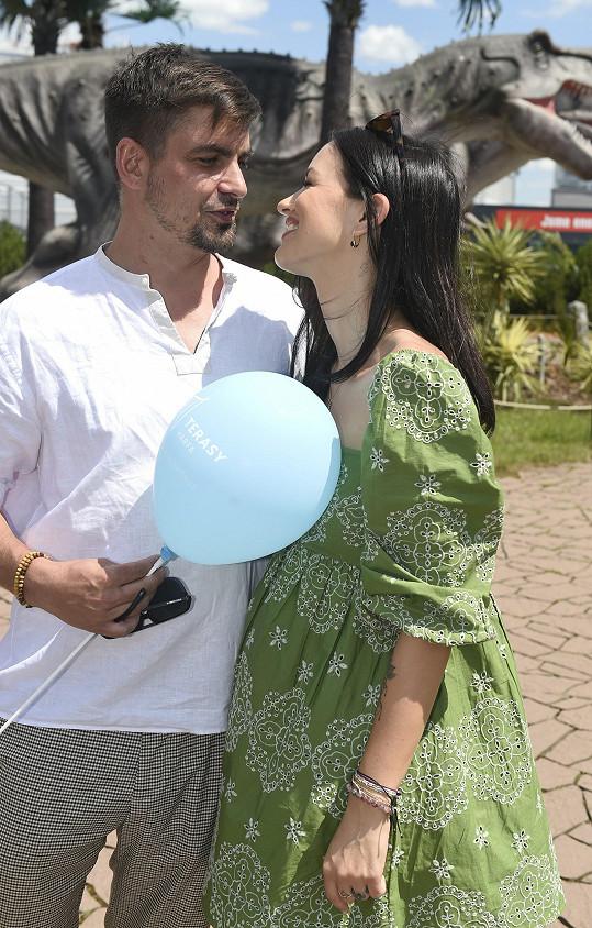 Jitka září díky novému partnerovi Matějovi, se kterým je 5 měsíců.