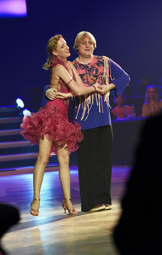 Lukáš Pavlásek si na charitativní akci zatančil s Terezou Pruckovou, kterou diváci znají pod dívčím příjmením Bufková.