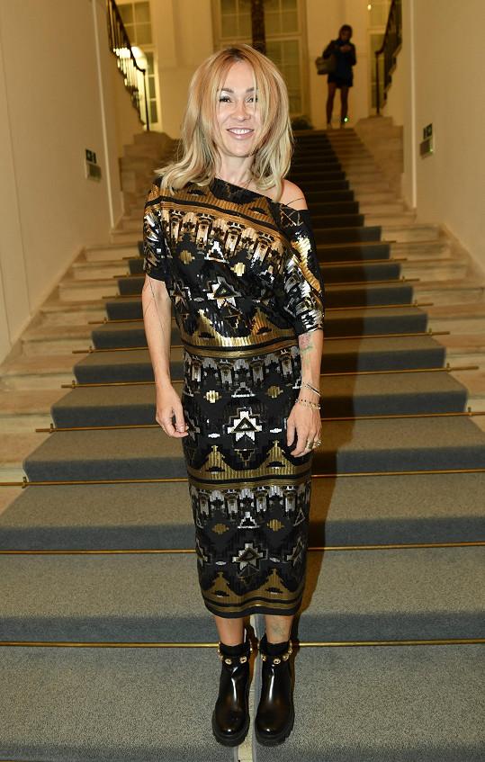 Kateřina Kaira Hrachovcová angažovala Marka Peksu do svého projektu.