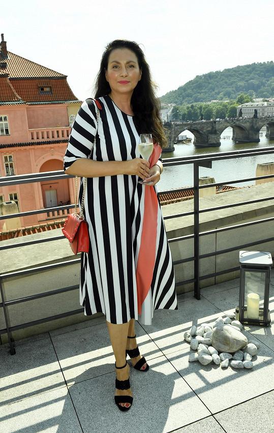 Jana Bobošíková žije v Česku bez manžela a svých dcer.