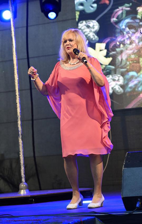 Vystoupila i legenda slovenské populární scény Marcela Laiferová.